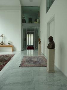 Empfangshalle der apostolischen Nuntiatur in Berlin